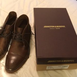 Johnston & Murphy Dress Shoe Chukka Boot Brown